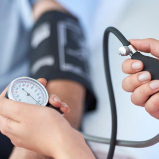 http://miamedicine.com/wp-content/uploads/2015/11/blood-pressure-320x320.jpg